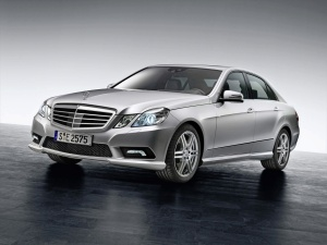 2010-mercedes-benz-e-class-sedan_14-730304
