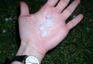 hail-hand