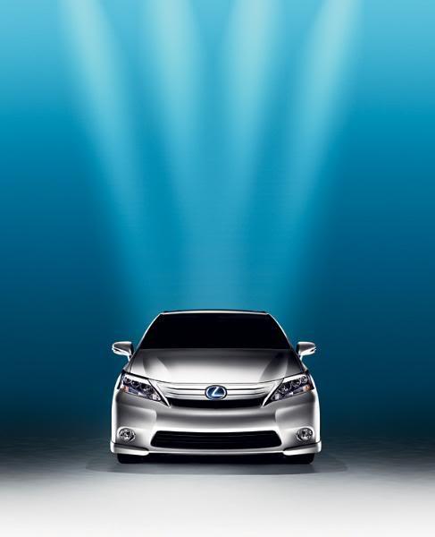 01-Lexus-HS250h
