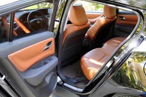 2010 Acura ZDX Back Seat